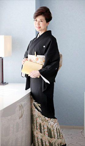 手刺繍 竹に四季花文